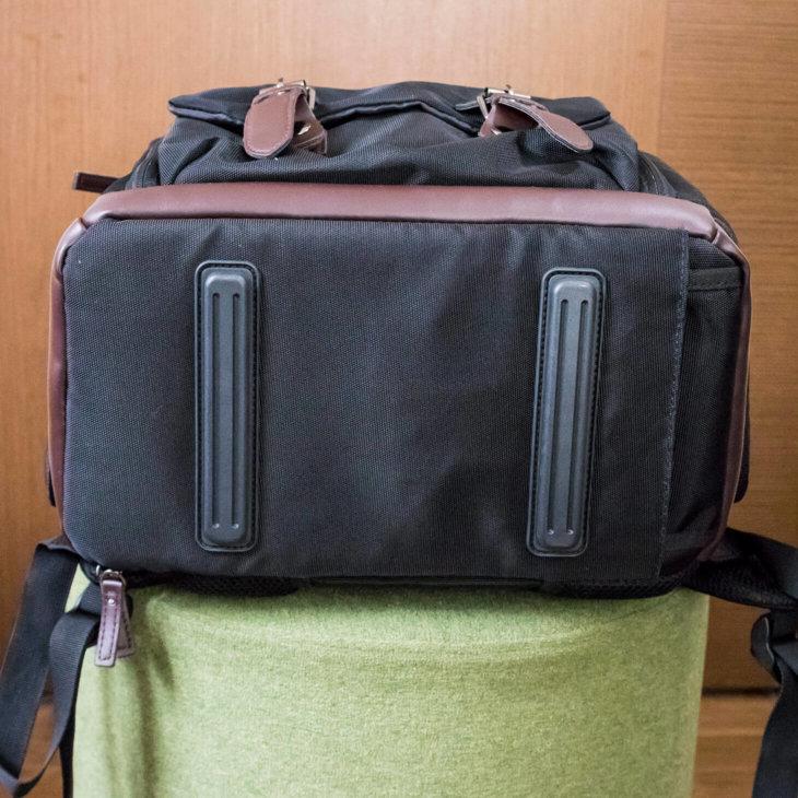 BAGSMARTカメラバッグの底面